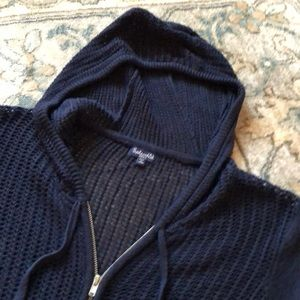 Great cond. Splendid Navy Blue zip front sweater